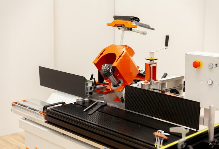 WOOD-MIZER RELEASES MF130 MULTIFUNCTIONAL VERTICAL SPINDLE MOULDER